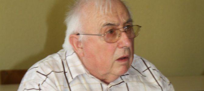 En souvenir d'André, ancien président du Roseau