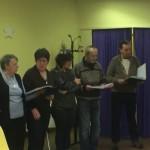 Avec le chef de Choeur, ils ont chanté quelques chansons de leur répertoire