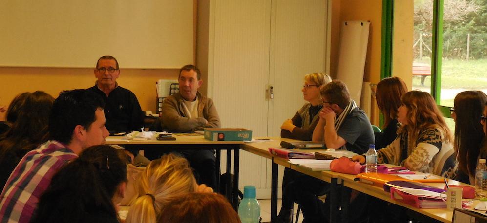 Daniel et Philippe ont présenté l'aphasie et ses conséquences aux élèves aides-soignant(s) à Tournon