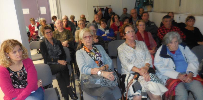 Le Roseau a été accueilli à la maison relai santé pour une soirée projection débat conférence sur l'Aphasie à Valence