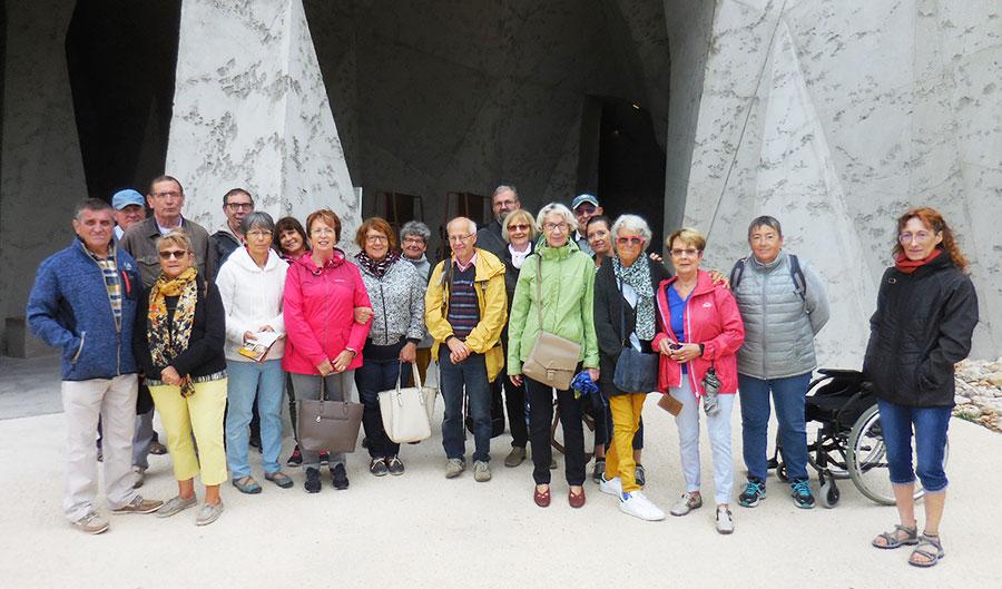 Le 10 septembre les adhérents du Roseau ont visité la réplique de la Grotte CHAUVET sur la commune de VALLON PONT D'ARC.